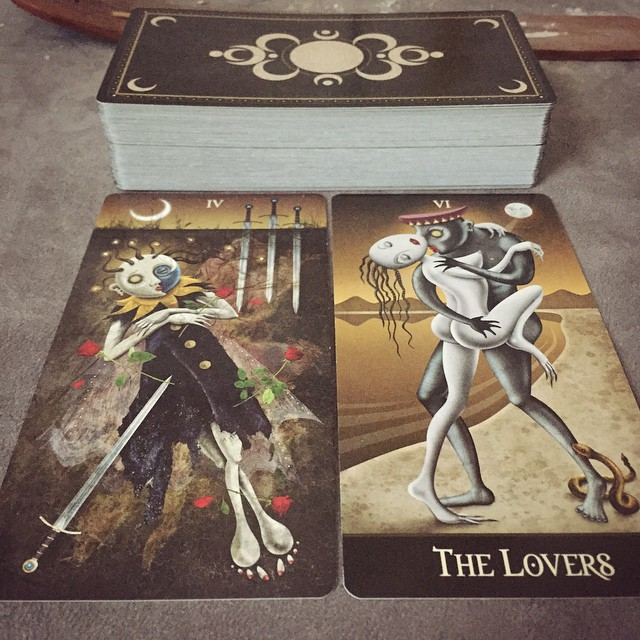 Deviant Moon Tarot Borderless 4