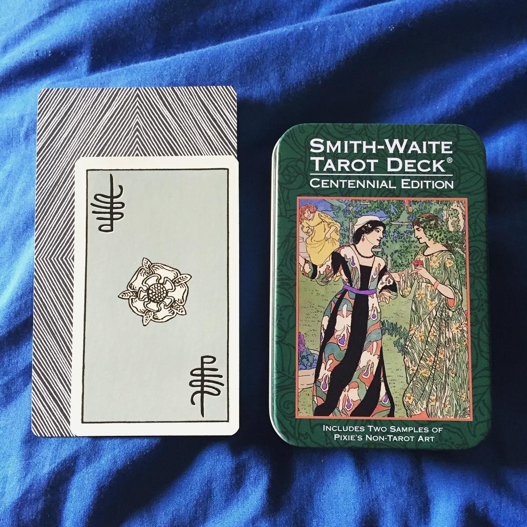 Smith-Waite Centennial Tarot Deck in a Tin 2