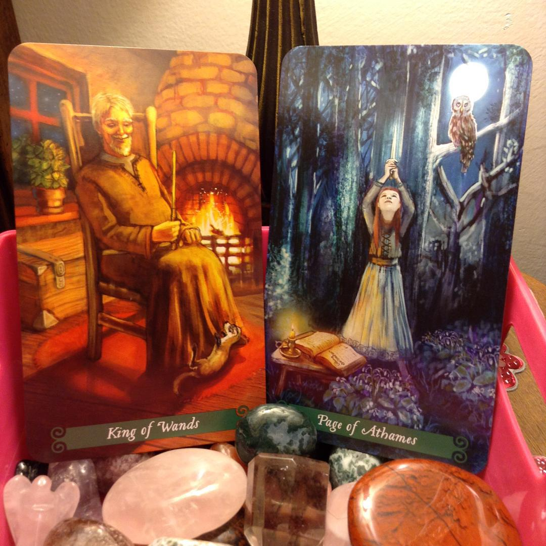 The Green Witch Tarot 4