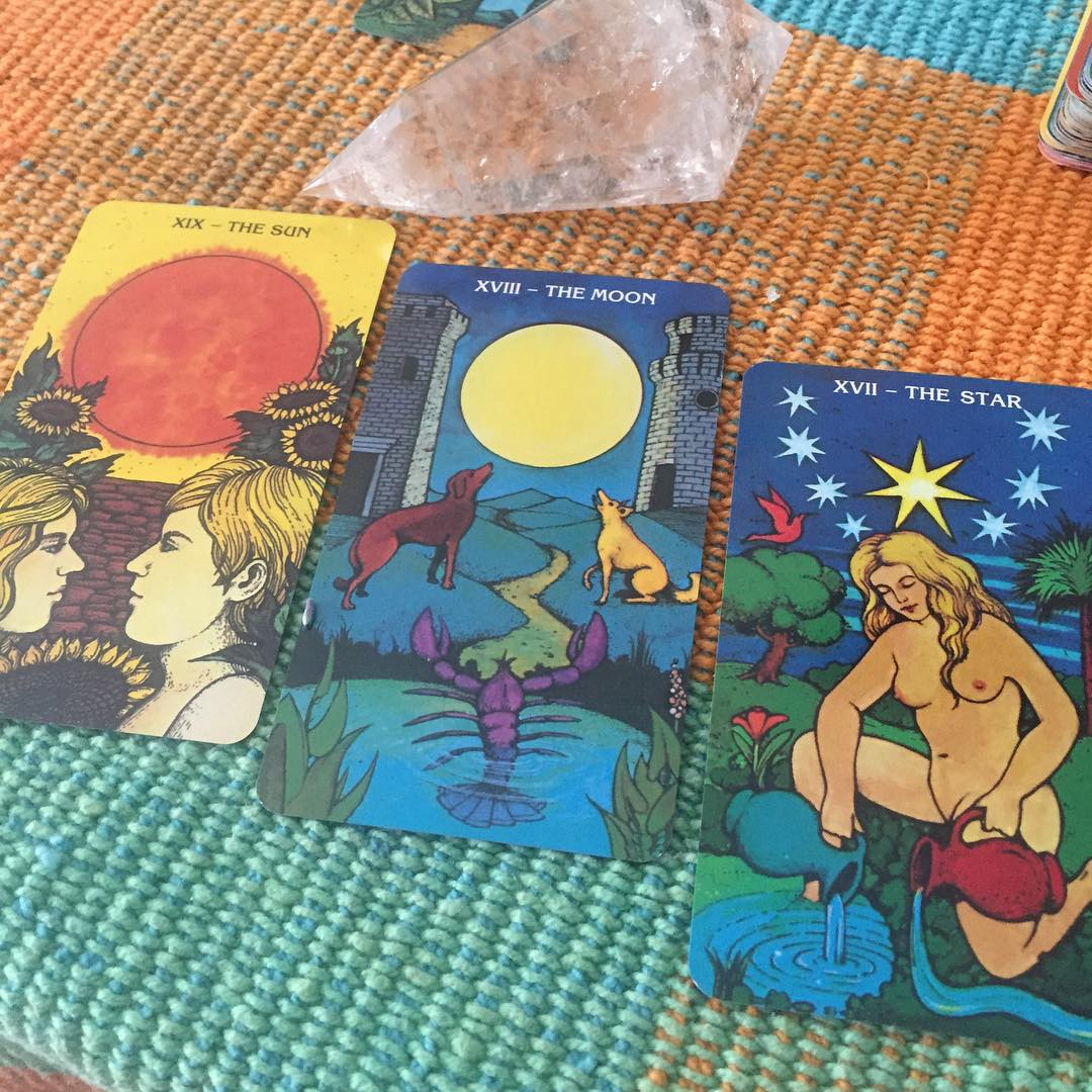 Morgan-Greer Tarot in a Tin 4