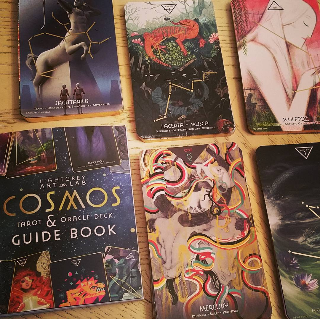 Cosmos Tarot Oracle Deck 4