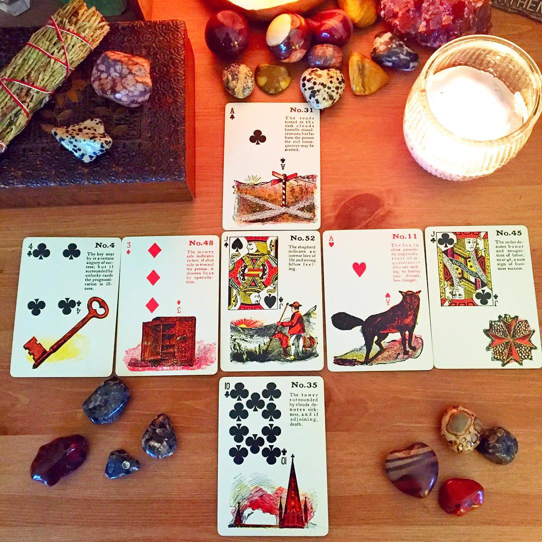 gypsy-witch-fortune-telling-playing-cards-4