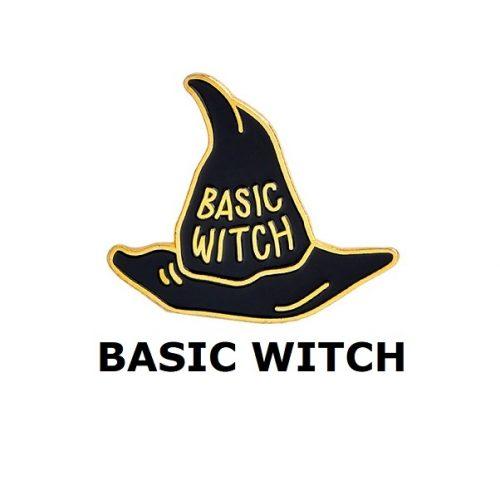 Huy hiệu Basic Witch